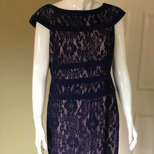 Adrianna Papell Sheath Dress Size 8 Blue Lace